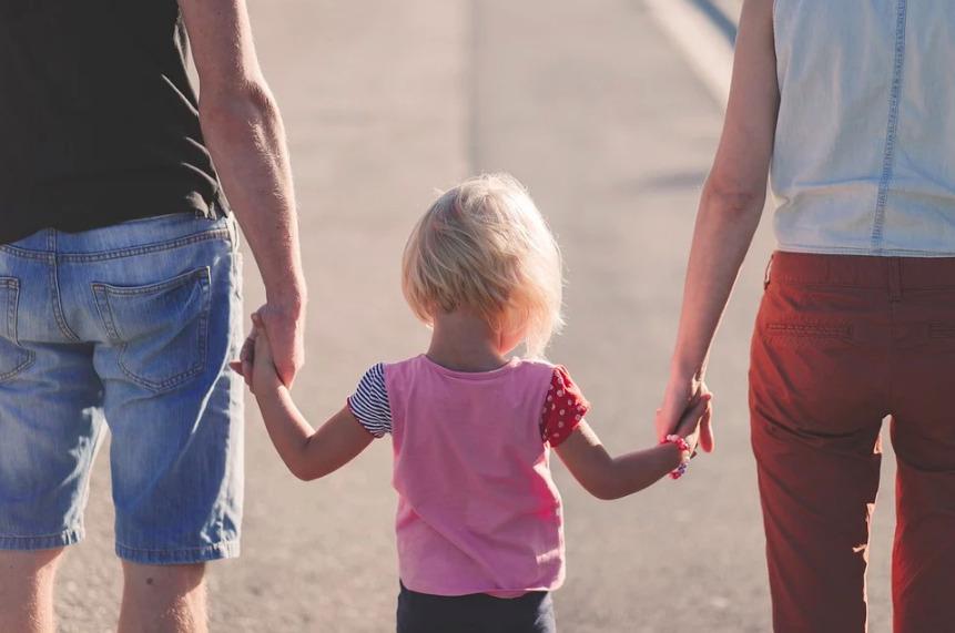 Jak se vypořádat s narcistním rodičem