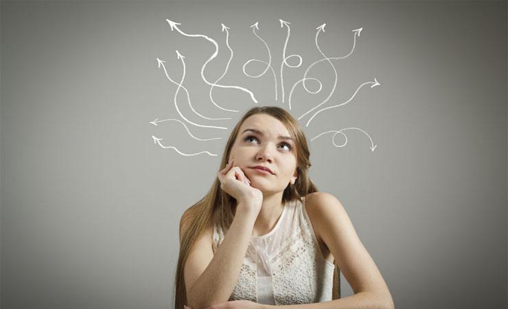 žena se nudí a neví, co dělat se životem a jak se motivovat