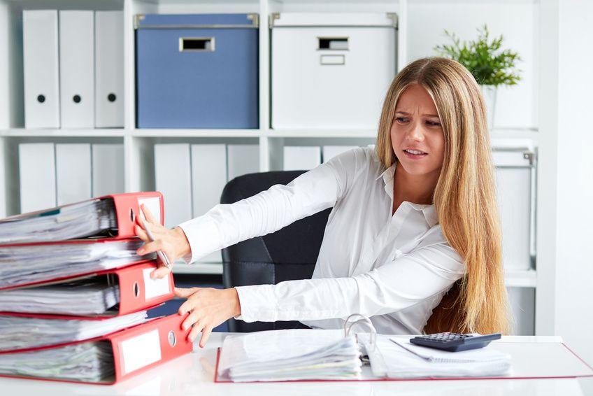 žena ve stresu z práce