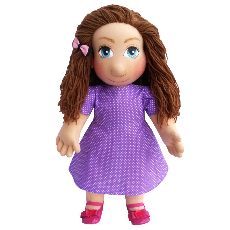 Panenka 60 cm fialové šaty s bílými drobnými puntíky