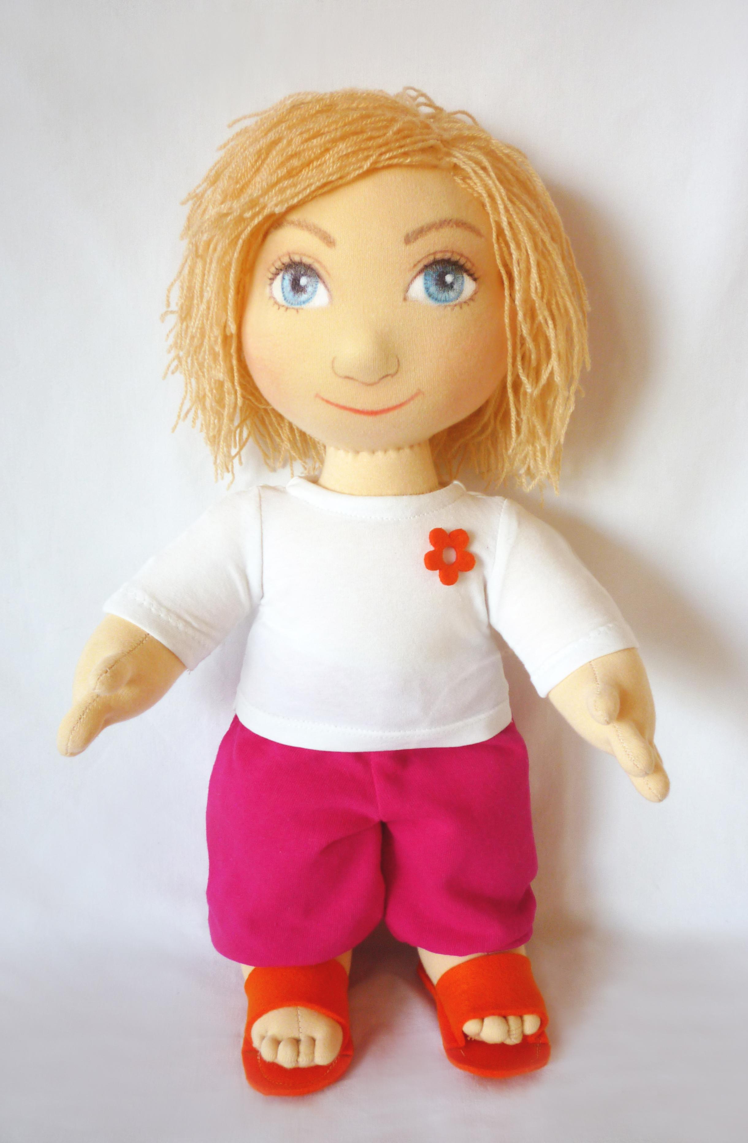 Ručně šitá terapeutická panenka ideální dárek na vánoce, narozeniny, svátek